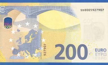 Új 100 és 200 eurós bankjegy